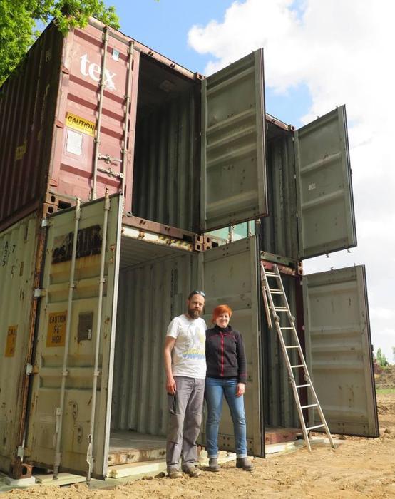 des containers pour votre prochaine maison maison container. Black Bedroom Furniture Sets. Home Design Ideas