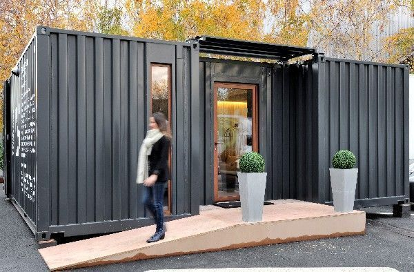 passez une nuit d 39 h tel dans un container maison container. Black Bedroom Furniture Sets. Home Design Ideas